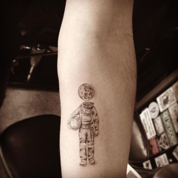 Όμορφα Tattoo σε μαύρες και γρι αποχρώσεις www.ediva.gr (13)