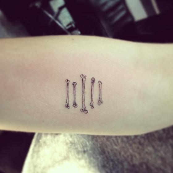 Όμορφα Tattoo σε μαύρες και γρι αποχρώσεις www.ediva.gr (16)
