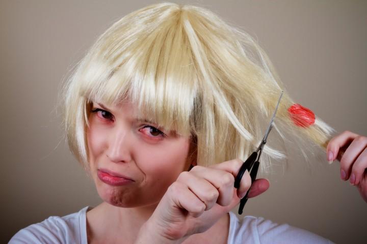 Τσίχλα στα μαλλιά; Δες τη λύση και...ξεκόλλησες!