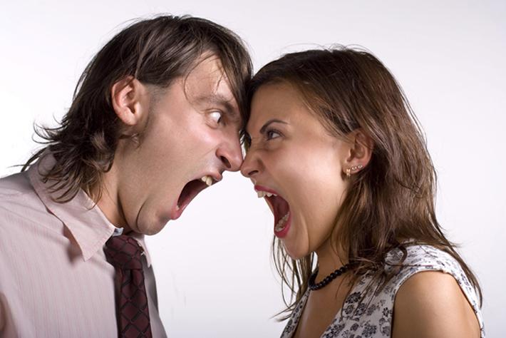Τεστ: Δείτε ποιος έχει το πάνω χέρι στη σχέση σας