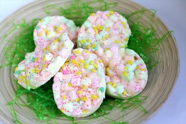 Συνταγή: Πασχαλινό γλυκό με ζαχαρωτά. (εύκολο)
