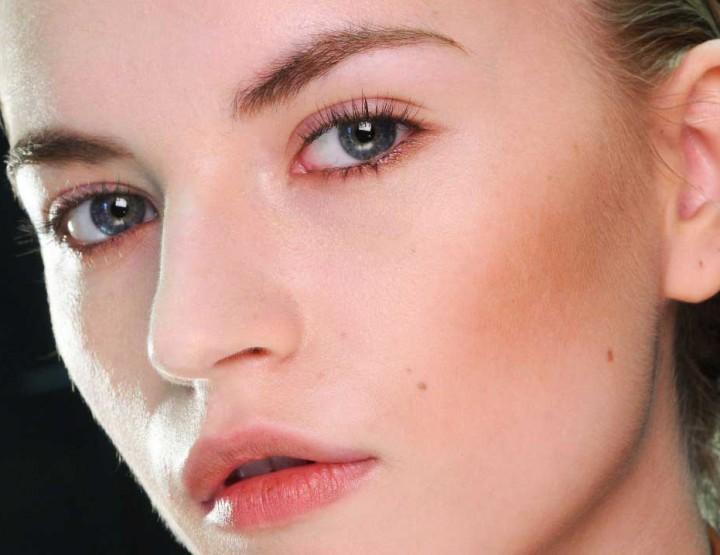 Φυσικό μακιγιάζ: Tips για να το πετύχεις