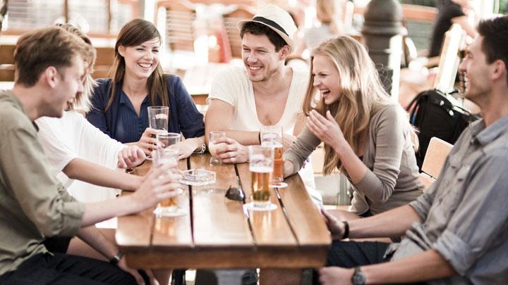 9 Λόγοι για τους οποίους δε σου έχει γνωρίσει τους φίλους του