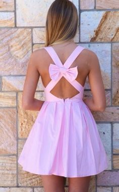 φόρεμα με φιόγκο