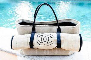 Δες ποια τσάντα να συνδυάσεις με το μαγιό σου φέτος το καλοκαίρι