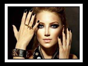 Τα μυστικά των make up artist για εντυπωσιακά smokey eyes