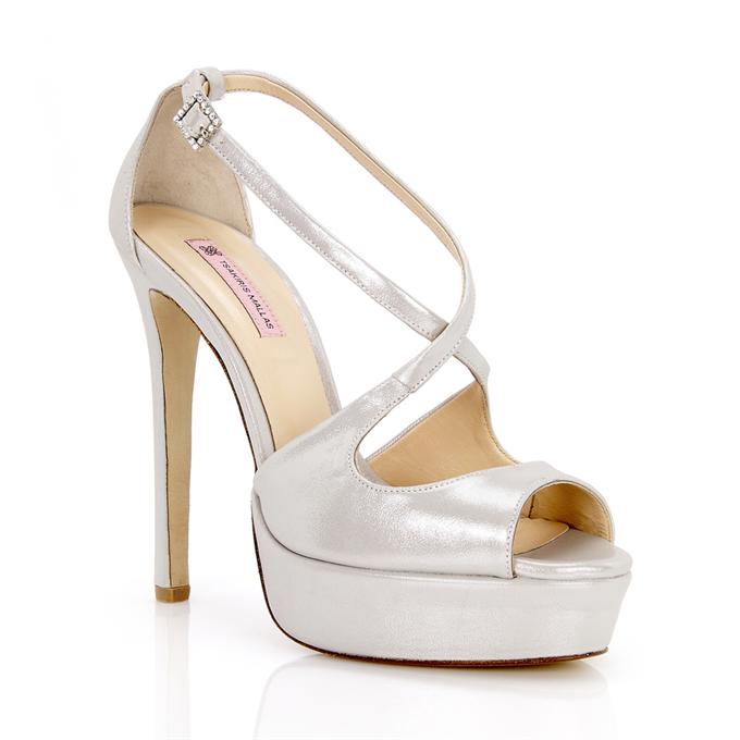 847199900e Νυφικά παπούτσια (Τsakiris Mallas