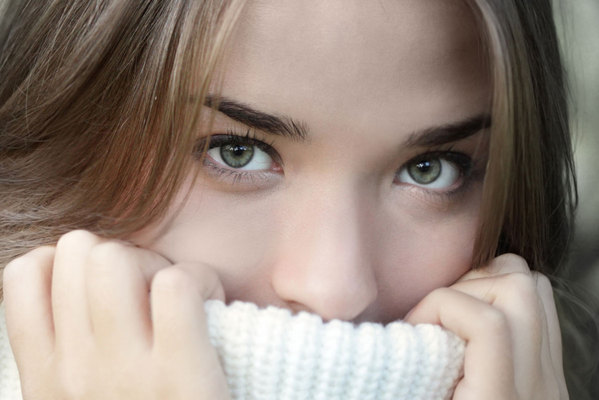 6 Tips μακιγιάζ για να φαίνονται μεγαλύτερα τα μάτια σου