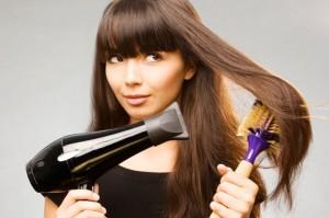 Τρόποι για να επανορθώσεις τα ταλαιπωρημένα μαλλιά από ντεκαπαζ