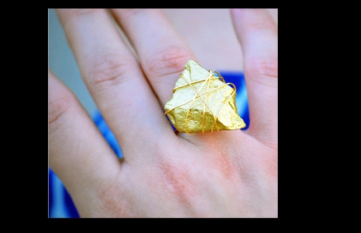 DIY:Φτιάξε ένα χρυσό χειροποίητο δαχτυλίδι με μια πέτρα