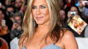Jennifer Aniston kouremata