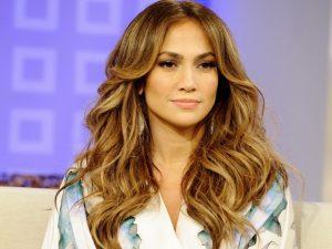 Jennifer Lopez akriva kouremata