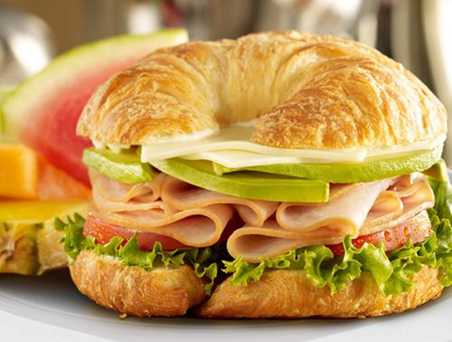 Εύκολα και γρήγορα σάντουιτς για το σχολείο!
