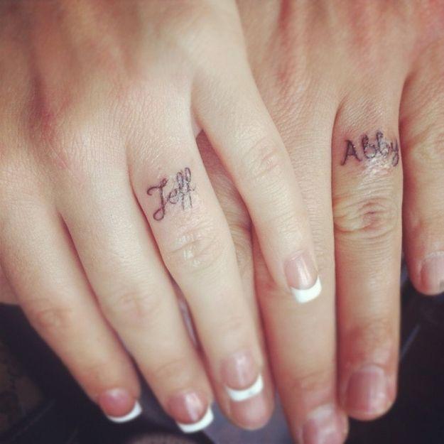 Ιδέες για τατουάζ δαχτυλίδι γάμου. tatouaz-daxtilidi-www.ediva.gr (6) ac5b30ad53f