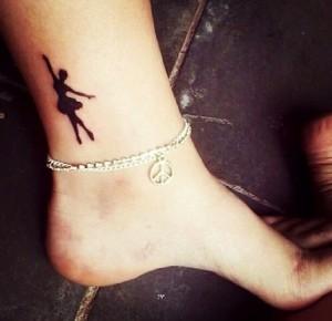 gunekio tattoo astragalos