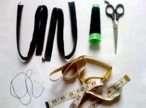 DIY: Φτιάξε μόνη σου βραχιόλι από φερμουάρ!