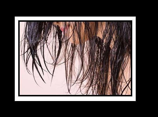 Μεταμόρφωσε με 2 εύκολους τρόπους τα βρεγμένα σου μαλλιά!