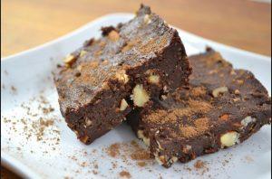 noutela-brownies-ediva-fistikia