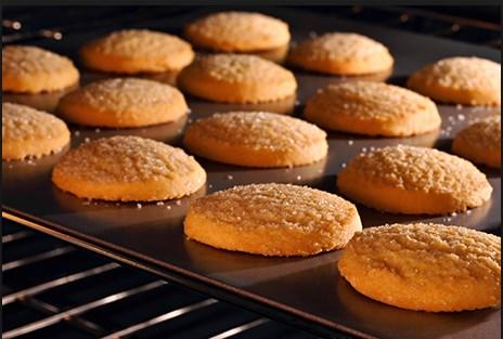 Συνταγή για νηστίσιμα μπισκότα χωρίς γάλα και αυγά!