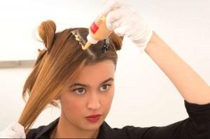 Πως να βάψεις τα μαλλιά σου μόνη σου στο σπίτι!