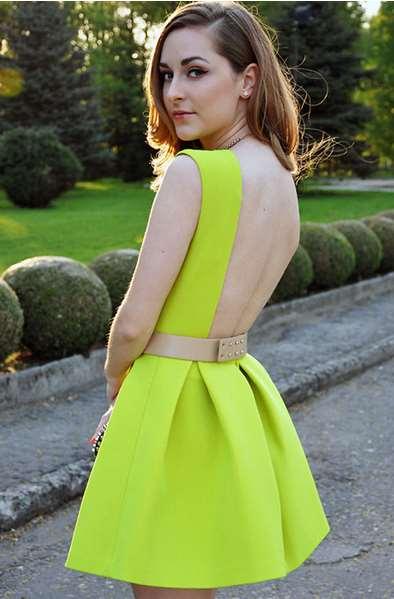 fluo foremata ediva.gr. fluo foremata ediva.gr. Από τα φλούο φορέματα  επέλεξα αυτό εδώ το πράσινο μίνι φόρεμα το οποίο είναι απλό μπροστά με  πιέτες ... 2530d77a934