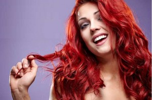 5 Tips για να κρατήσεις λαμπερό το χρώμα των μαλλιών σου!