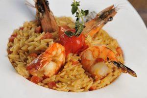Νηστίσιμη Συνταγή: Γιουβέτσι με γαρίδες!