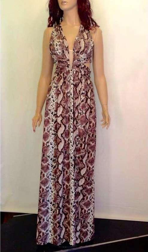 2ca101b9ecde Καλοκαιρινά γυναικεία φορέματα. Τα φορέματα που έχω επιλέξει να δούμε θα  φορεθούν πολύ την φετινή Άνοιξη και το Καλοκαίρι ...