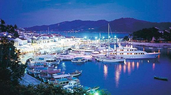 Τα 10 καλύτερα ελληνικά νησιά για τις διακοπές σου!