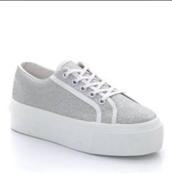 8222fad9c65 5 Style Αθλητικών παπουτσιών που χρειάζεσαι για το 2015! – Koutsompola