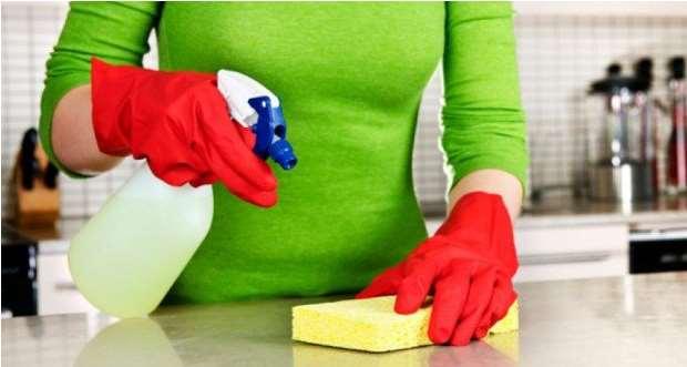 7 Πράγματα με τα περισσότερα μικρόβια στο σπίτι σου!