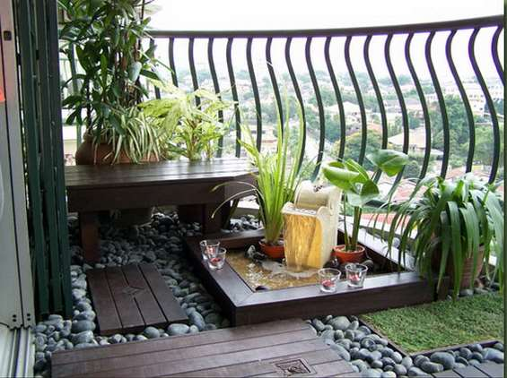 Apartment balcony inspiration: small patio ideas for renters ...