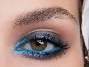 14 Τρόποι για να φορέσεις χρωματιστό Eyeliner!