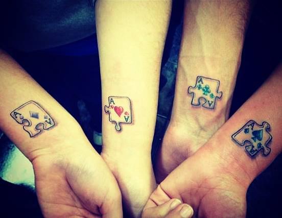 19 Τέλεια διακριτικά τατουάζ για αδέλφια!