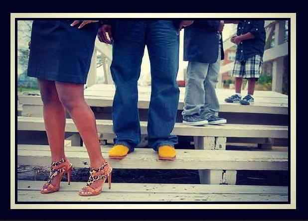Οικονομικά καλοκαιρινά παπούτσια για όλη την οικογένεια!