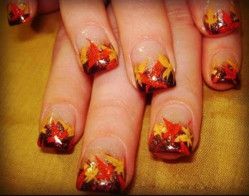 DIY: Φθινοπωρινά σχέδια για νύχια (Δες το video)