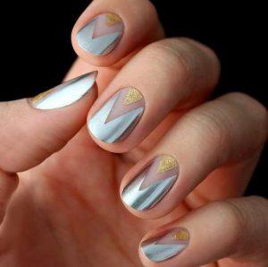 metalliko nufiko manicure