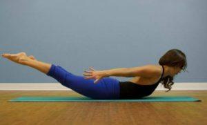 12 Ασκήσεις Yoga για ανθρώπους που δεν έχουν ευλυγισία!