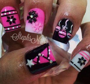 xristougenniatiko nail design