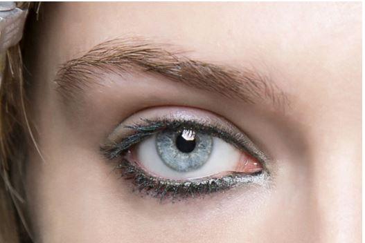 colour eyeliner