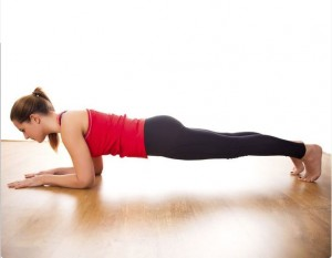 8 Απλές ασκήσεις γυμναστικής για το σπίτι (και όχι μόνο)!
