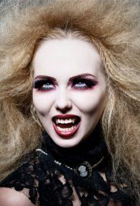 apokriatiko makigiaz vampire