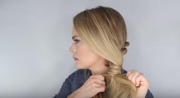 secure ponytail