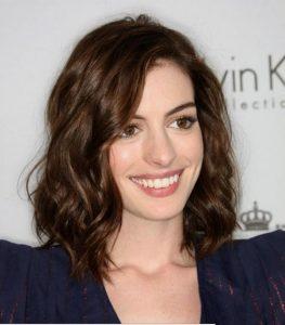 shoulder-length wavy hair