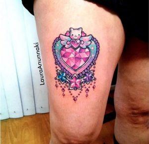 gunaikeia tattoo podi