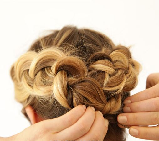 Dutch braid - step 6