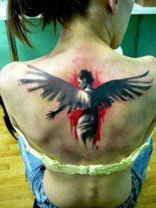 gunaikeio tattoo plati aggelos