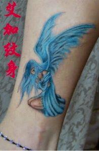gunaikeio tattoo xroma astragalos