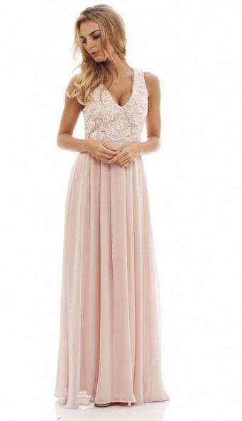 827a55b93fef Υπάρχει μια ποικιλία χρωμάτων για να επιλέξεις στο συγκεκριμένο φόρεμα. Το  nude