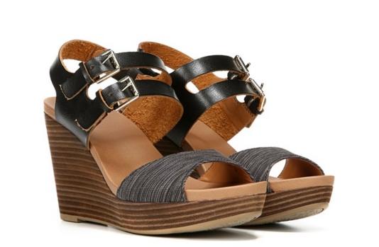 4ecc8e2f2f Το ότι είναι καλοκαίρι όμως δεν σημαίνει πως δεν μπορούμε να φοράμε και  μαύρα παπούτσια